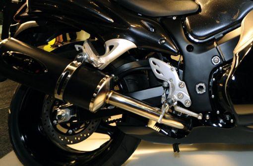 Motorradfahrer wird schwer verletzt