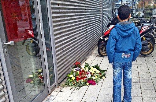 Große Trauer  um einen  toten Schüler