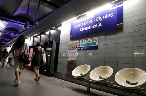 VfB-Star Benjamin Pavard mit eigener Metro-Station in Paris