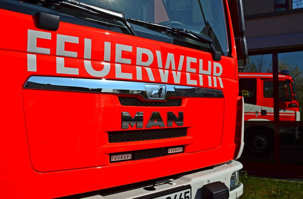 Die Feuerwehrleute blieben die ganze Zeit über im Dienst. Foto: Sandra Hintermayr