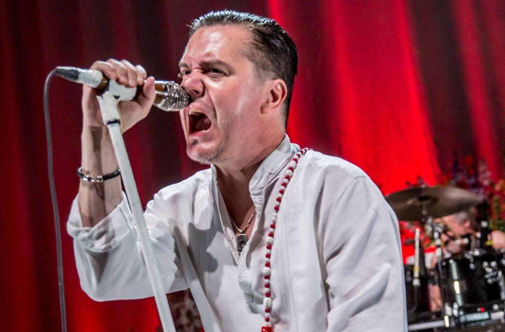 Die Band Faith No More mit Sänger Mike Patton tritt im Juni 2020 in Stuttgart auf. Foto: imago/ZUMA Press/imago stock&people