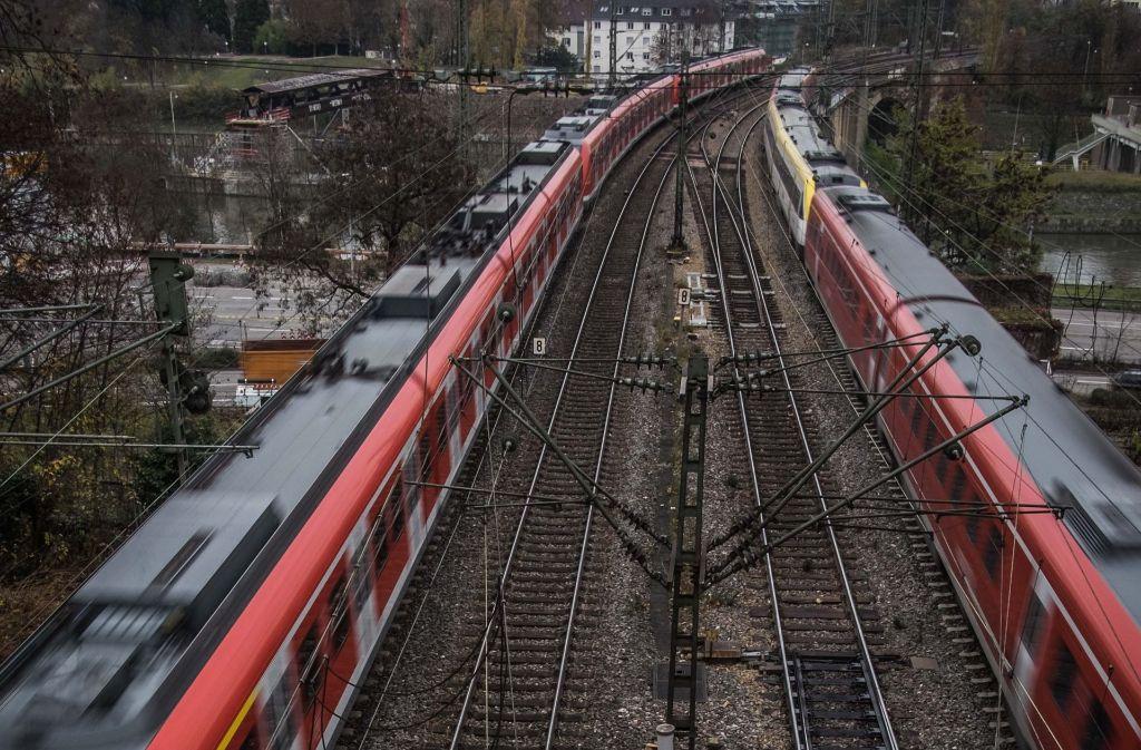 Die S-Bahn könnte durch eine Tangentialverbindung entlastet werden. Wie stark die Nachfrage wäre, ist allerdings offen. Foto: Lichtgut/Max Kovalenko