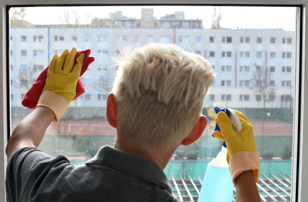 Das Reinigungsgewerbe gehört zu den Branchen, in denen es viele Minijobber gibt. Foto: dpa-Zentralbild