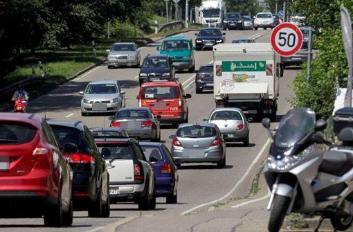 Lkw-Verbot und Tempolimits kommen bald