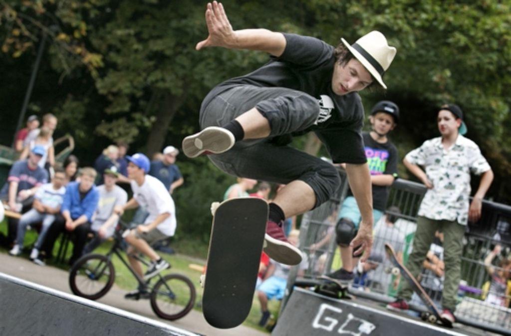 Im übernächsten Jahr  werden die Starter bei den Skate Open  auf dem Göppinger Theodor- Heuss-Platz (unser Bild) ihre Kunststücke auf neuen Ramps zeigen. Foto: Rudel/Archiv