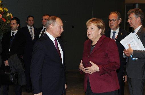 Merkel verschärft Tonlage gegenüber Putin
