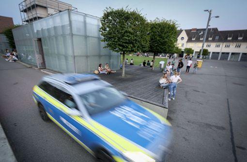 Polizei löst große Feier auf