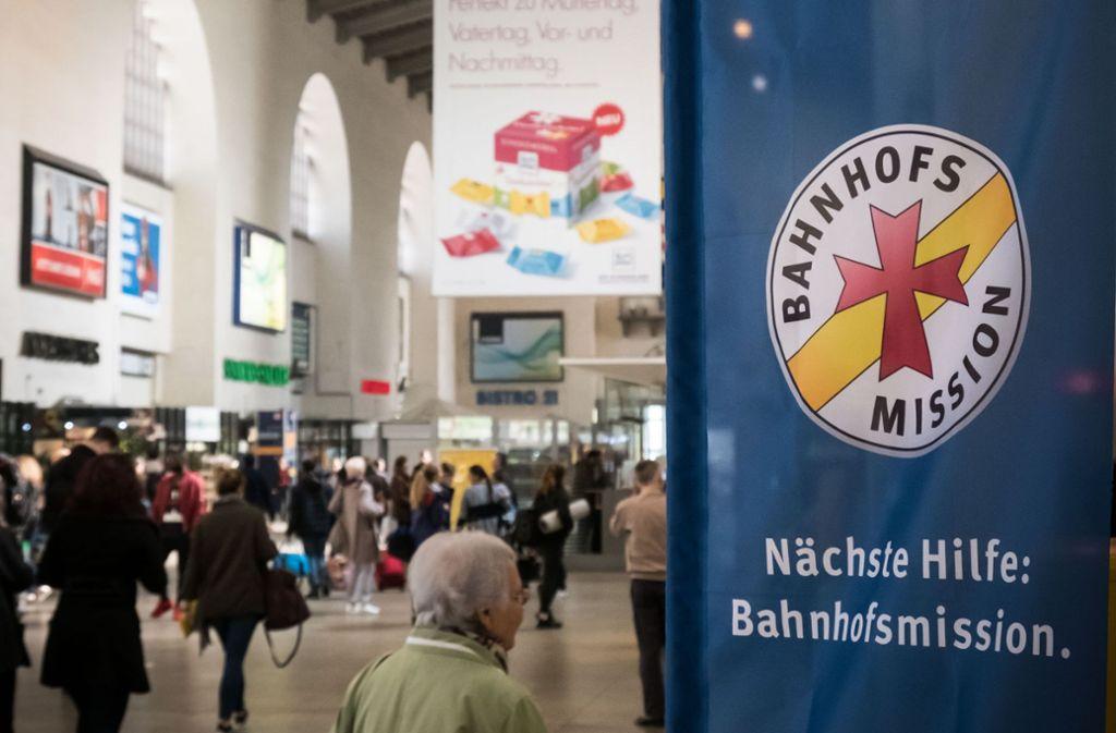 Bei der Bahnhofsmission hat sich ein Mann gemeldet, der sein Gedächtnis verloren hat. Foto: Lichtgut/Achim Zweygarth (Symbolbild)