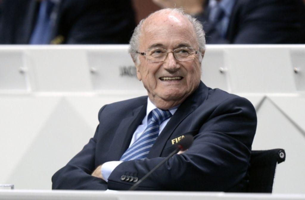 Sepp Blatter hat es wieder geschafft: Er bleibt Fifa-Präsident. Foto: AP