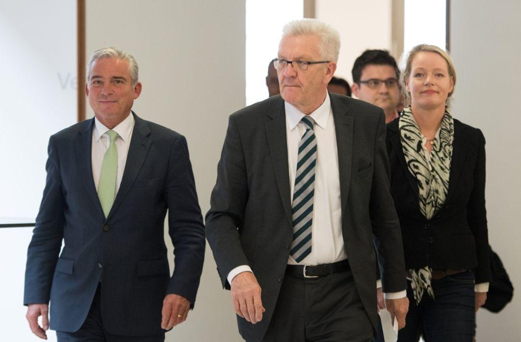 Die Gespräche über die neue Landesregierung beginnen: Thomas Strobl (CDU), Winfried Kretschmann (Grüne) und Thekla Walker (Grüne, von links) Foto: dpa