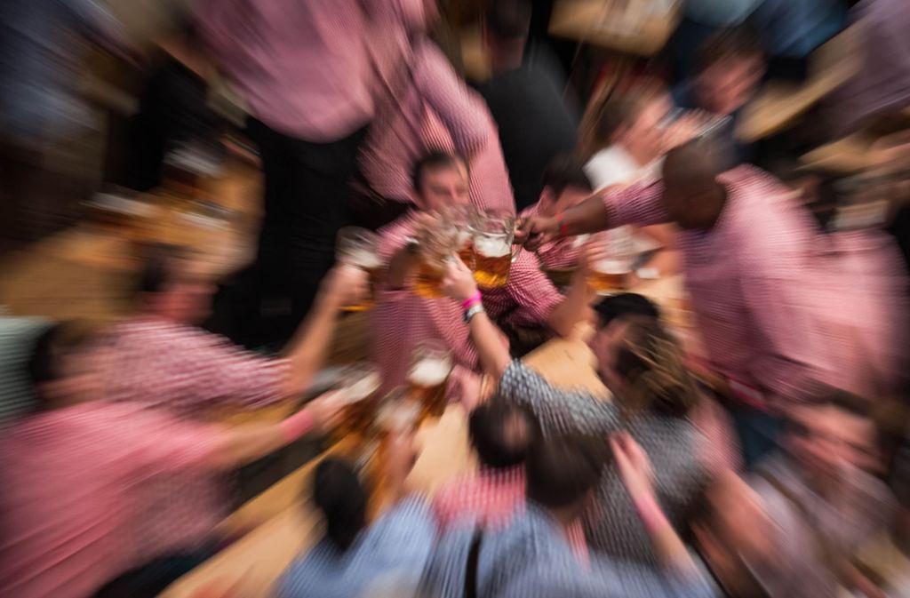 Viele Stuttgarter Abiturienten feiern jedes Jahr auf dem Frühlingsfest (Symbolbild). Foto: Lichtgut/Max Kovalenko
