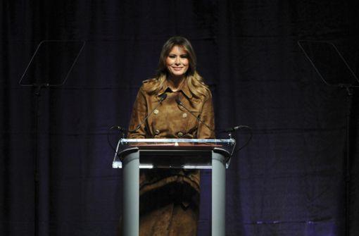 First Lady verteidigt Recht von Teenagern auf Buhen