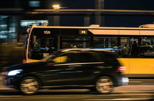 Mehr Bus- und Bahnfahrten für weniger Staus