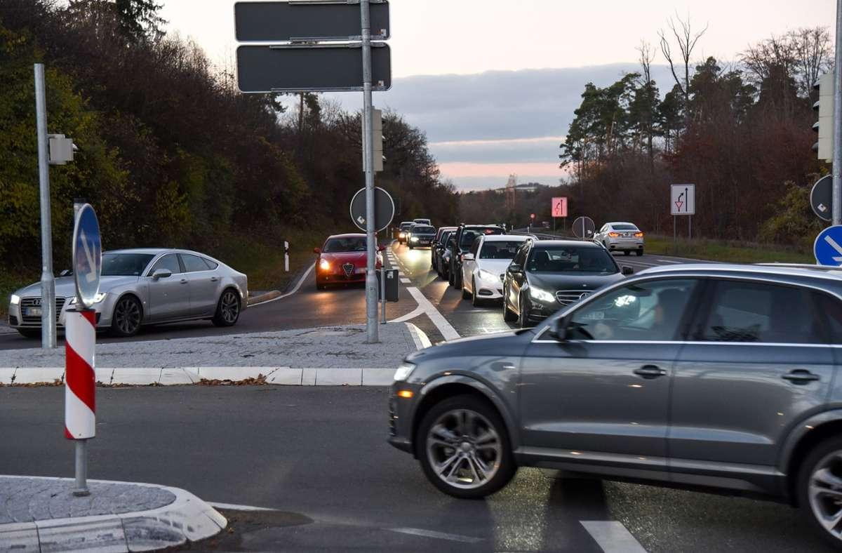 In diesen Bereich soll eine weitere Fahrspur kommen Foto: Kreiszeitung Böblinger Bote/Thomas Bischof