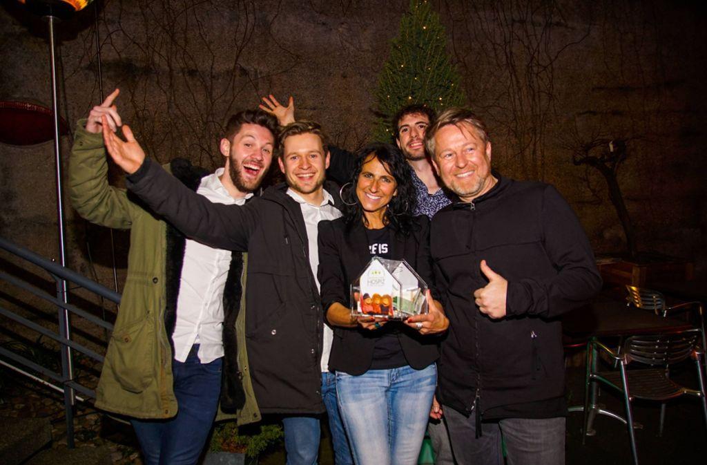 Gastgeberin Christina Semrau mit der Band Leitmotiv. Foto: Andy Werner/7aktuell