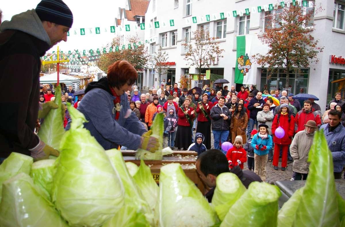 Der Krauthobelwettbewerb ist einer der Höhepunkte beim Krautfest. Foto: Archiv/Alexandra Kratz