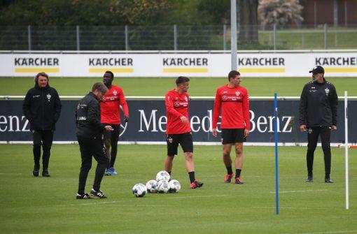 Teamtraining des VfB Stuttgart – jetzt geht es ganz schnell