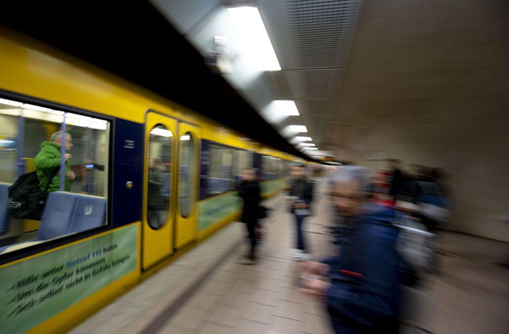 Steigen die Fahrpreise im VVS? Diese Frage wird kontrovers diskutiert. Foto: Lichtgut/Leif Piechowski