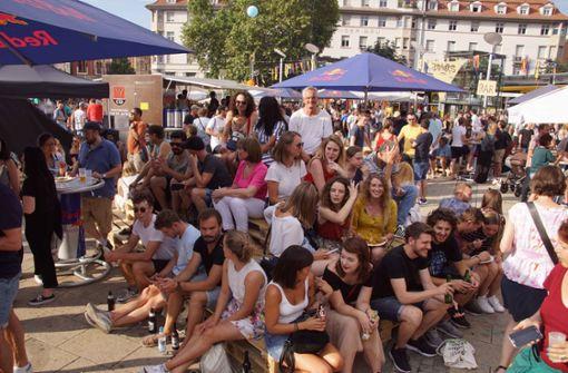 Sollte man eigene Getränke auf Straßenfeste mitbringen?