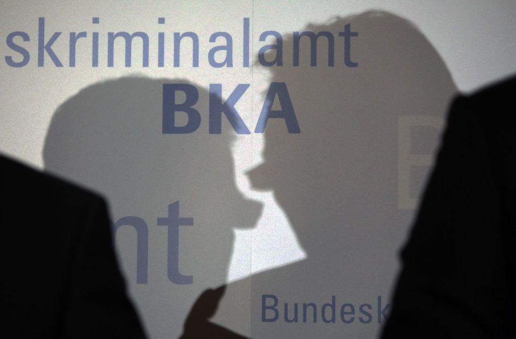 Die Jobs als Kriminalkommissar beim BKA sind begehrt. Doch das Bildungsniveau der Bewerber und vor allem die Deutschkenntnisse sinken immer weiter ab. Foto: dpa