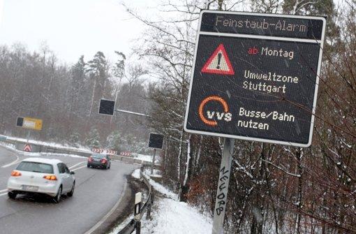 Von Montagmorgen an gilt in Stuttgart der Feinstaubalarm. Foto: dpa