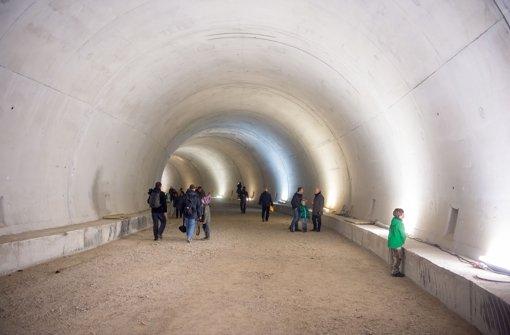 Die Stuttgarter Straßenbahnen haben am Samstag den neuen Stadtbahntunnel der U 12 für Besucher geöffnet. Foto: Martin Stollberg
