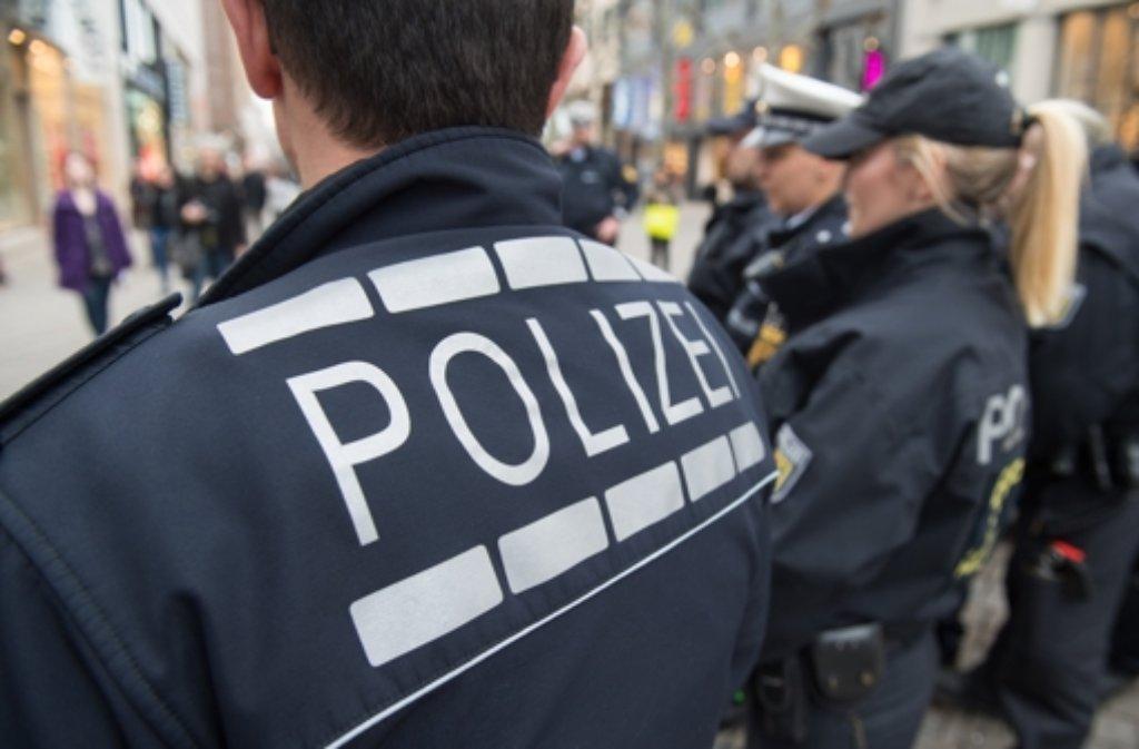 Viele Einsätze, zu wenig Beamte: Die Polizei im Land sammelt kontinuierlich Überstunden an. (Archivfoto) Foto: dpa
