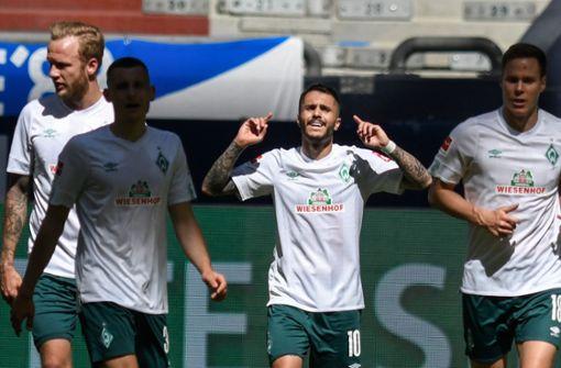 Bremen holt wichtigenSieg auf Schalke - zwei Konkurrenten patzen