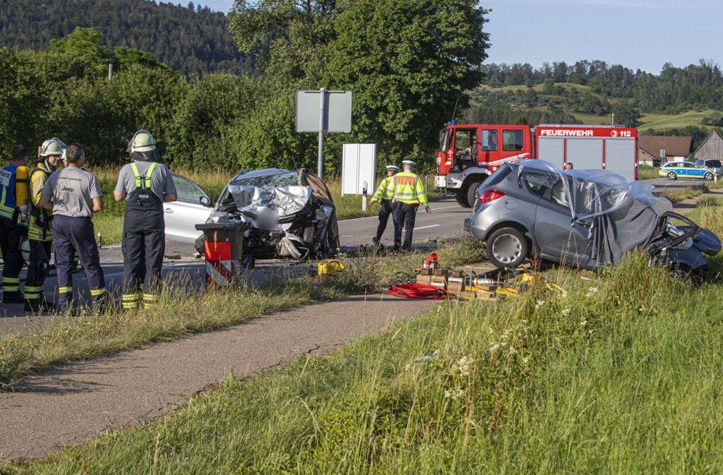 Zwei Menschen starben bei diesem schlimmen Unfall bei Murrhardt-Fornsbach. Foto: 7aktuell.de/Simon Adomat