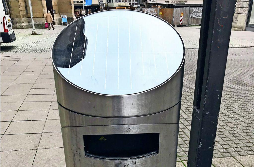 Der neue Press-Hai-Mülleimer – Stückpreis: 8000 Euro. Foto: Haar