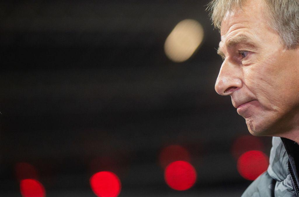Jürgen Klinsmann stellt sein Traineramt zur Verfügung. Foto: picture alliance/dpa/Rolf Vennenbernd