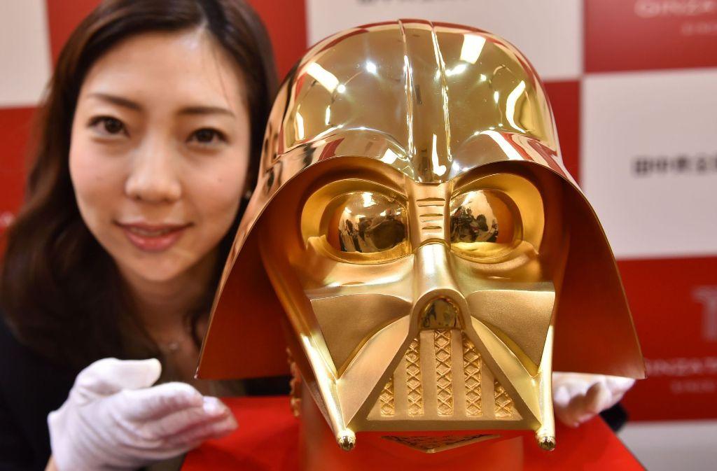 Die goldene Maske hat der japanische Juwelier Tanaka Kikinzoku hergestellt. Foto: AFP