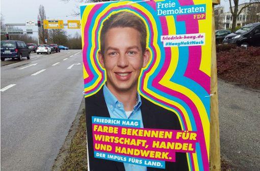 Knallig, klassisch, unleserlich – Wahlplakate im Check des Experten