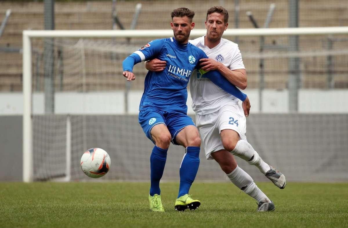 Der Ex-Ulmer David Braig (li.) trifft gegen den FC Ingolstadt II zum 1:0. Foto: imago/Rudel