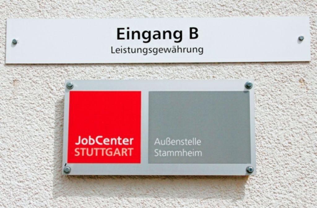 Ginge es nach dem Referat Wirtschaft und Finanzen, dann würde das Stammheimer Jobcenter geschlossen werden. Foto: Chris Lederer