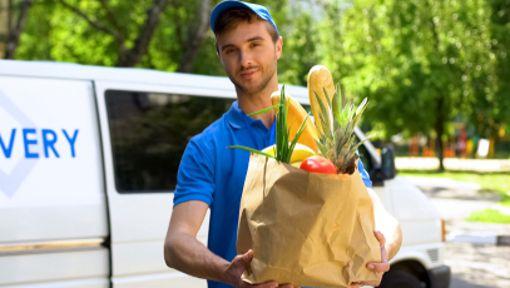 Ob als Mitarbeiter bei einem Lieferservice, im Supermarkt, im Krankenhaus oder bei einem Callcenter - aktuell werden Aushilfskräfte stark nachgefragt.