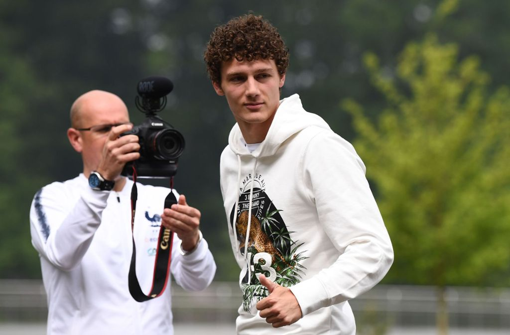 Das Interesse am französischen Nationalspieler Benjamin Pavard vom VfB ist schon jetzt gewaltig. Foto: AFP