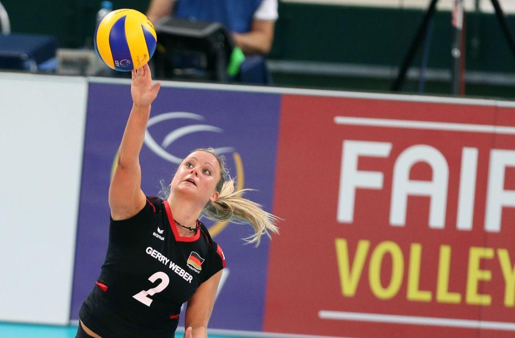 Kathleen Weiß wird nicht für den deutschen Meister Allianz MTV Stuttgart aufschlagen. Foto: dpa