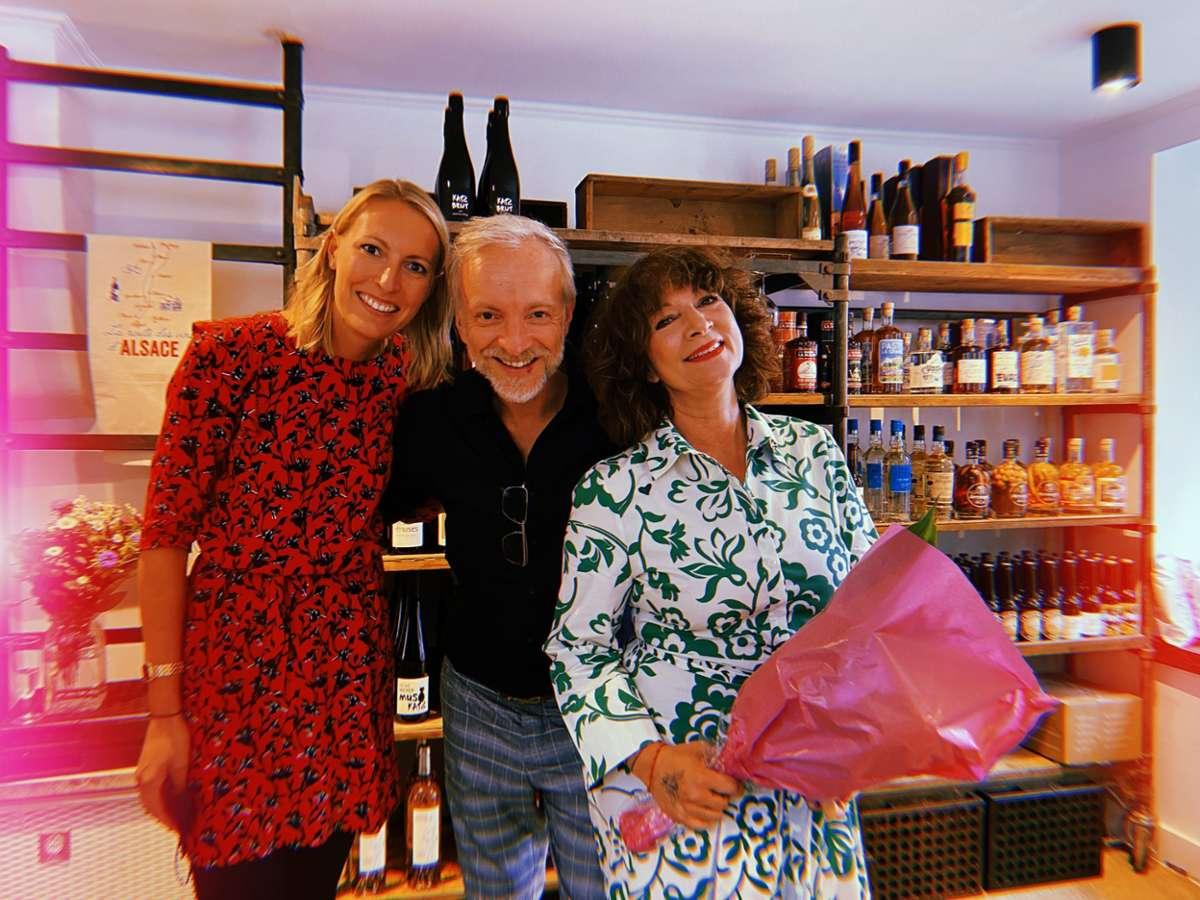 Ein Teil des Tata-Teams: Pauline, Rainer und Claudia in ihrem neu eröffneten Laden im Heusteigviertel. Foto: Kriebernig
