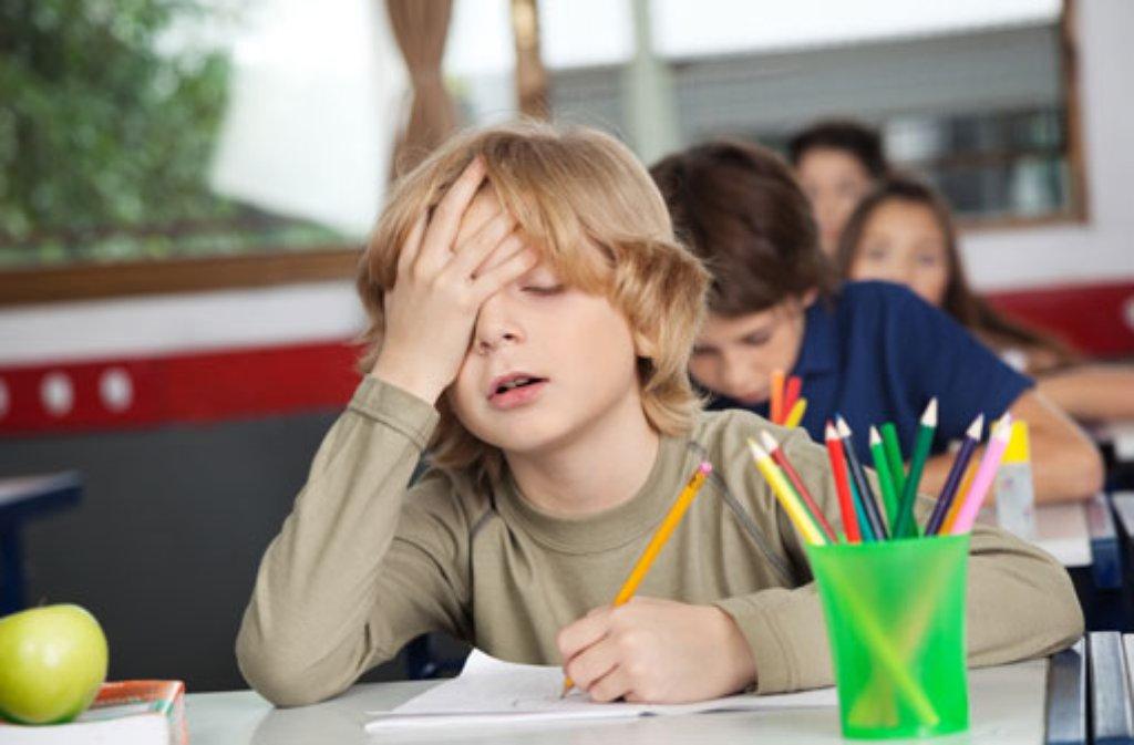 Während der Fußball-WM werden wohl viele Lehrer in müde Gesichter sehen. Foto: Shutterstock/Tyler Olson