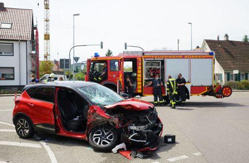Zwei Schwerverletzte bei Unfall auf Kreuzung