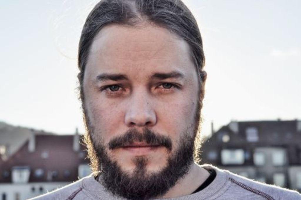 Ein Mann, ein Bart, viele Pseudonyme: Andres Klein ist Stuttgarts Bass-Prediger. Foto: Andres Klein