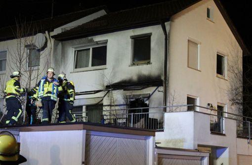 Zigarette löst Feuer in Wohnhaus aus
