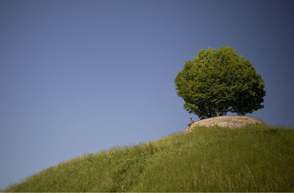 Fernblick möglich: Der Aussichtspunkt Bastion Leibfried unweit vom Pragsattel. Foto: