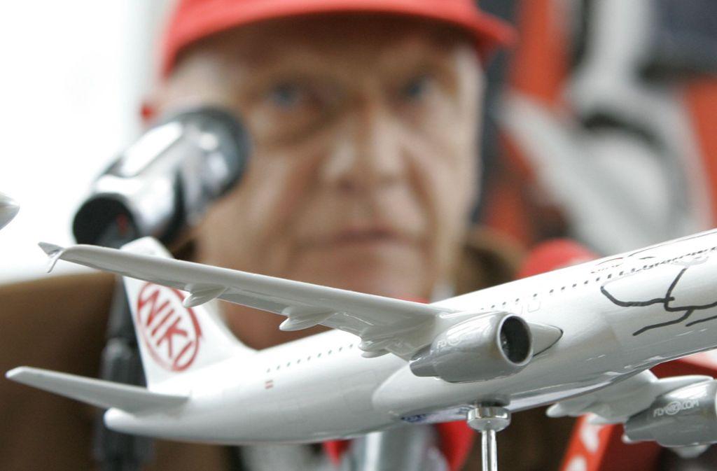 Ex-Rennfahrer Niki Lauda bekommt die Airline Niki. Foto: AP