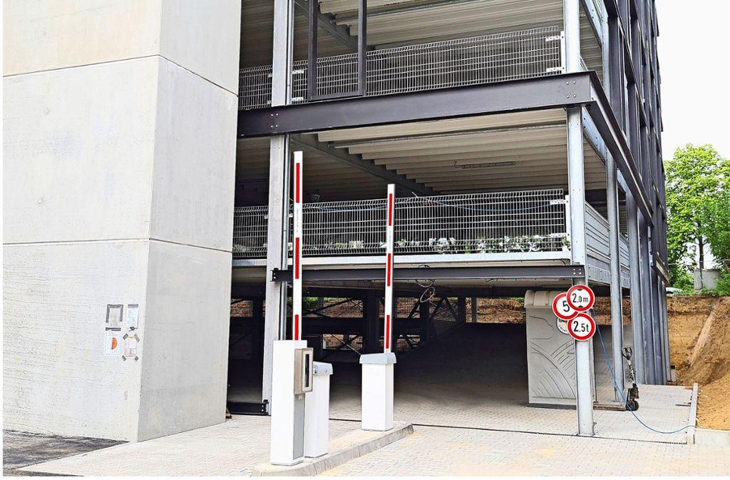 Zu eng: Die  Ausfahrt muss jetzt  verändert werden. Foto: Patricia Sigerist