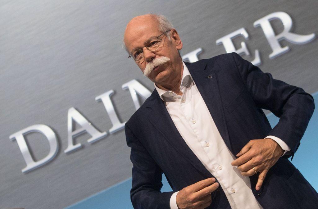 Daimler-Chef Dieter Zetsche dürfte im vergangenen Jahr erneut zu den Spitzenverdienern der Dax-Vorstandschefs gehört haben. Foto: dpa
