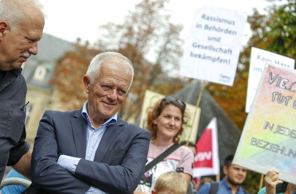 """Oberbürgermeister Fritz Kuhn (Grüne) hielt eine Rede auf der Kundgebung """"Gemeinsam Vielfalt leben"""". Foto: Lichtgut/Leif Piechowski"""