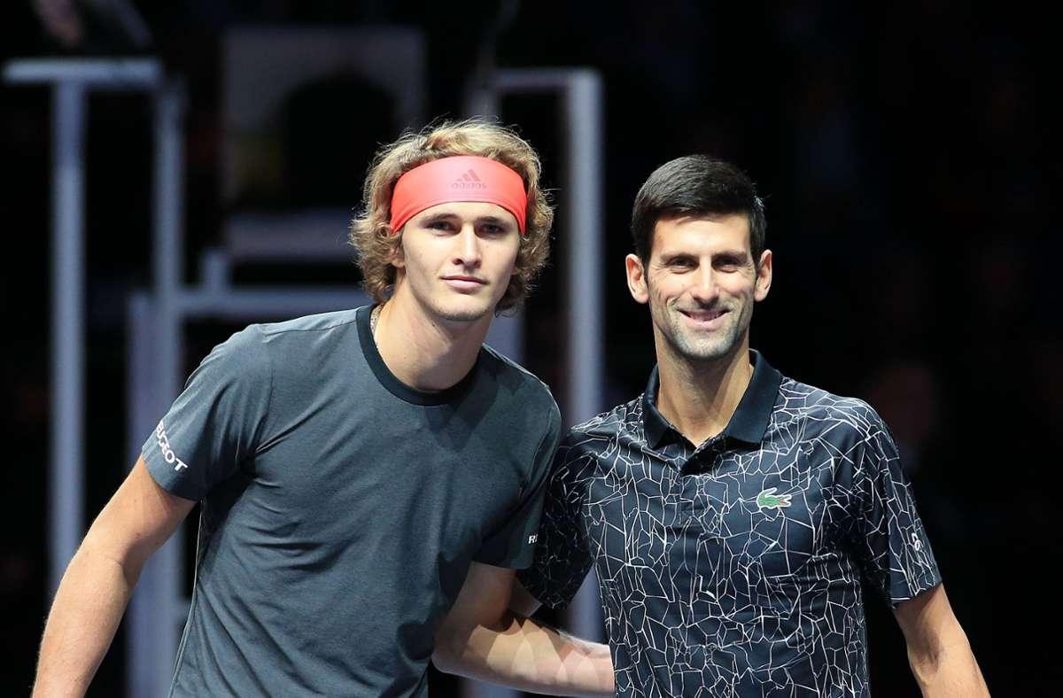 Alexander Zverev und Novak Djokovic treffen im Viertelfinale der Australian Open aufeinander. Wie verliefen die Partien zwischen den beiden Tennisstars bisher? Foto: imago // Alan Grieves