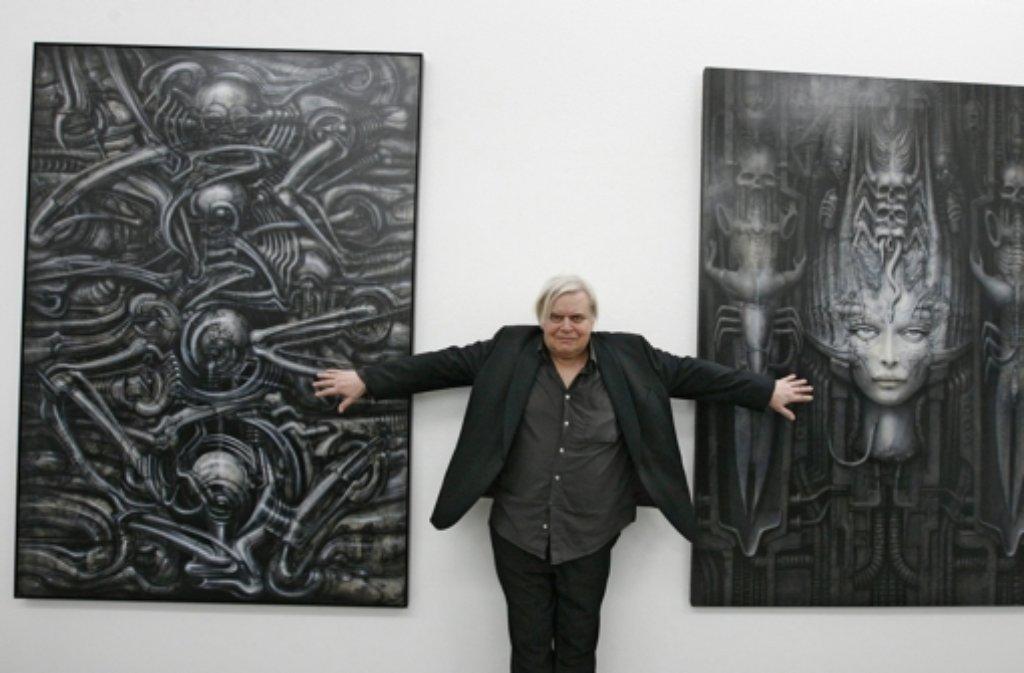 Der Schweizer Künstler H.R. Giger ist tot. Er starb am Montag im Alter von 74 Jahren. Foto: dpa